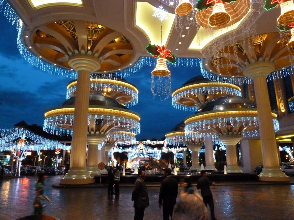 Biggest Mall in Malaysia - Sunway Pyramid, Subang Jaya
