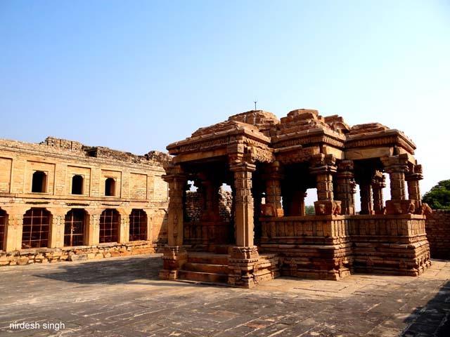 12 Temples In India That Display Erotic Art Triphobo-6952
