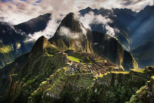 Machu Picchu - The Mysterious Ruins