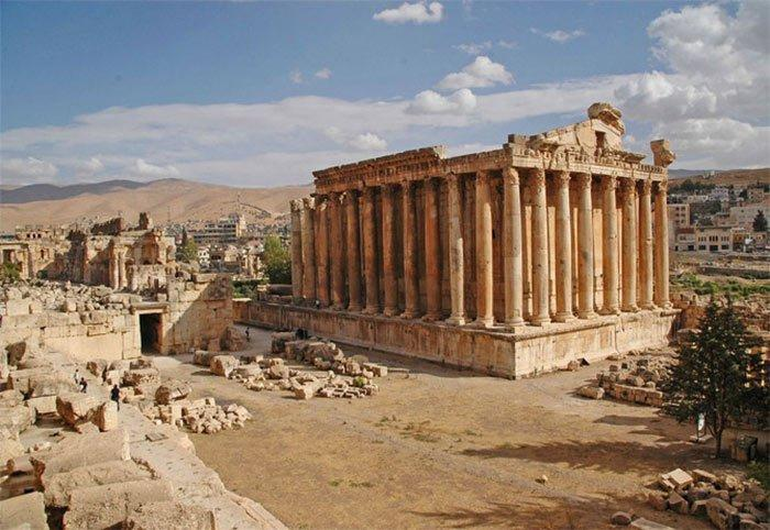 The Mysterious Stones of Baalbek - The Mysterious Place on Earth