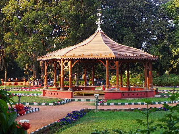 Rose gardens in bangalore dating