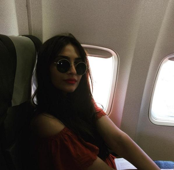 Indian celebrities who love to travel