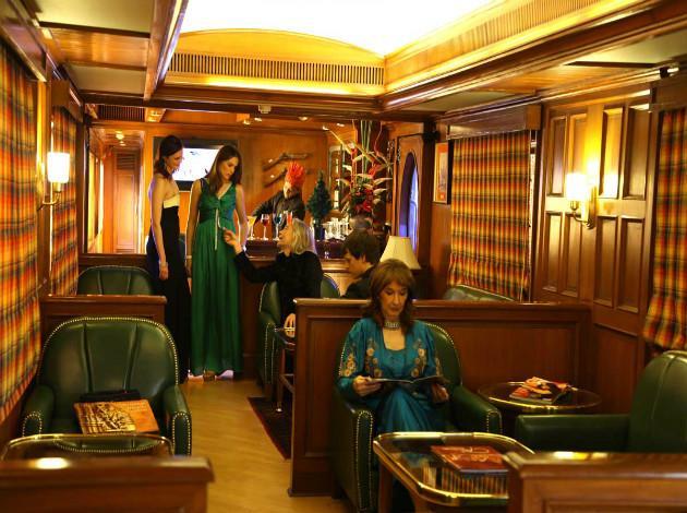 Luxury Coach Travel India