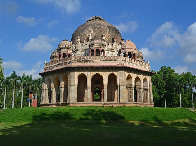 places to visit on Valentines day in Delhi