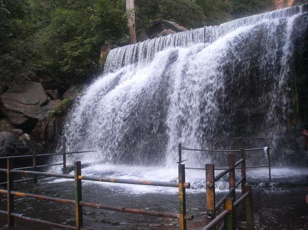 Suruli Falls near Madurai, Tamilnadu