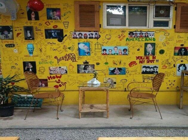 Cafe Buzzinga - an interesting places to visit in bangalore