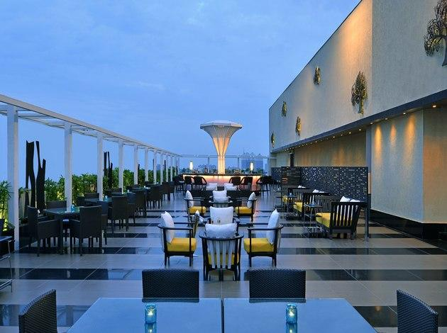 Best rooftop restaurants and bars in india mumbai delhi for The food bar zomato