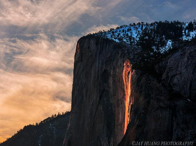 Horsetail Fall - optical illusions around the world