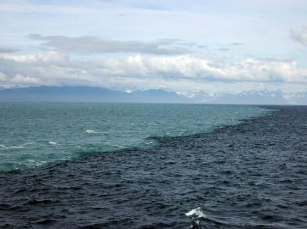 place where two oceans meet but don't mix