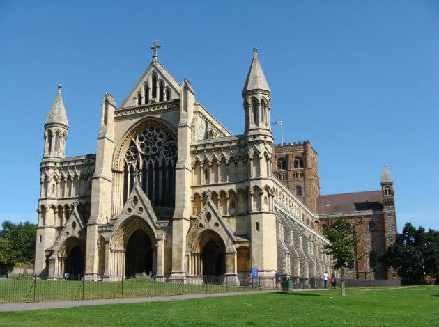 St. Albans - weekend escape to the historical town