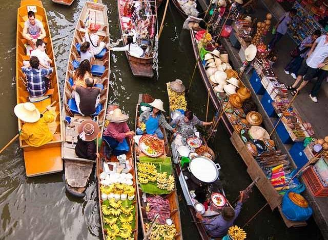 shopping in the floating markets of Thailand