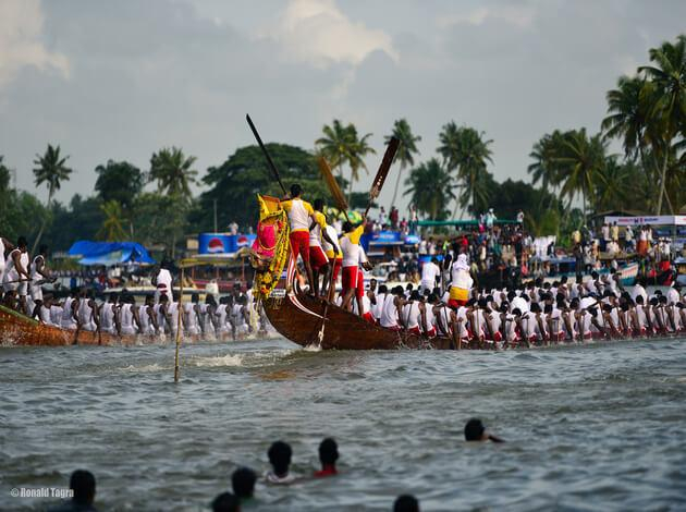 Alleppey - place to visit in India under 10000