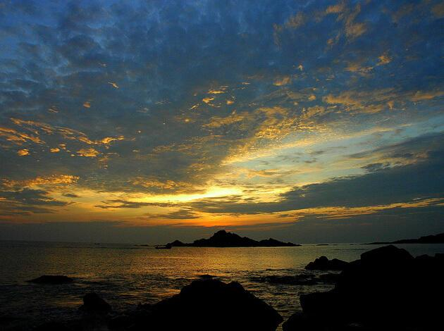 Gokarna - place to visit in India under 10000