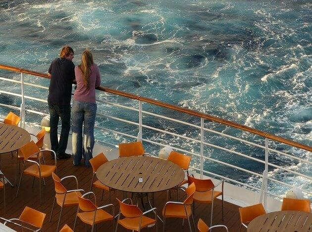 honeymoon cruise activities