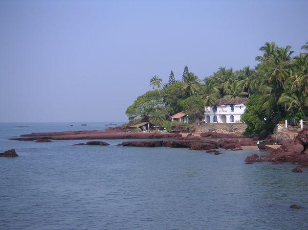 which is better north or south Goa