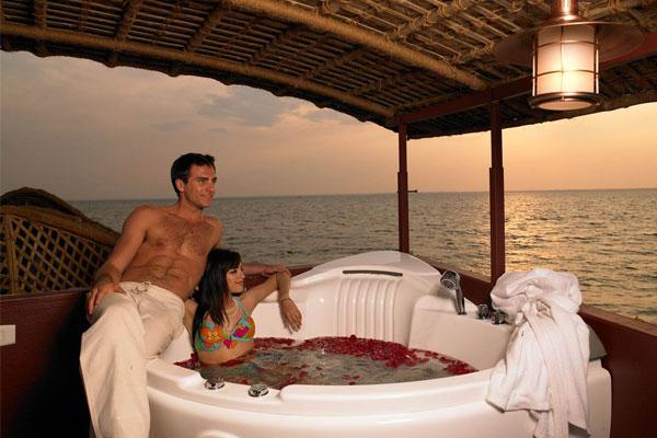 Alleppey - cozy honeymoon destination