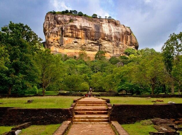 famous ancient fort in Sri Lanka