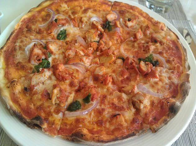 Chicken Tandoori Pizza in India