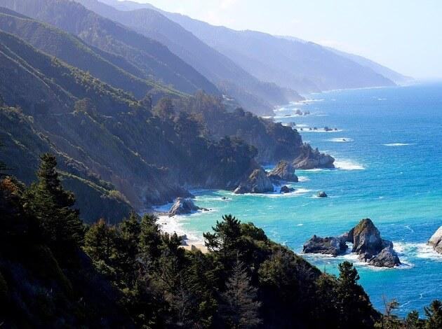 Big Sur - A scenic bike trail in USA