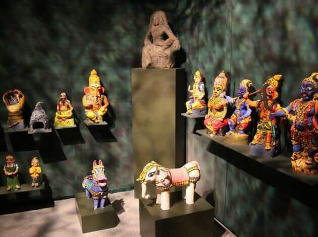 Asian Artifacts - things to shop in singapore