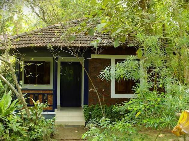 affordable accommodations in Varkala