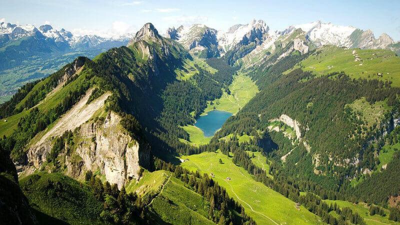 best Hiking Trails In Switzerland