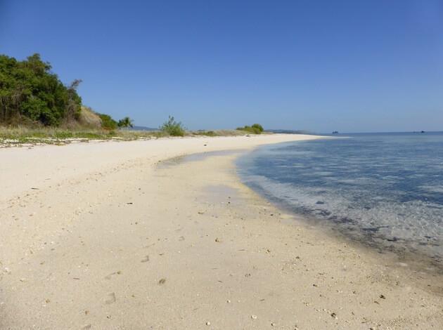 Riung Beach, Flores