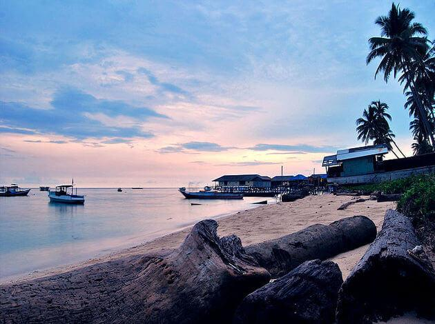 best tourist destinations - Derawan beach