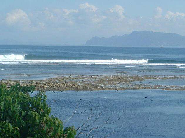 Plengkung Beach - great surfing spots in Indonesia