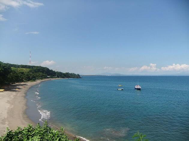 Senggigi beach - indonesia beach destinations