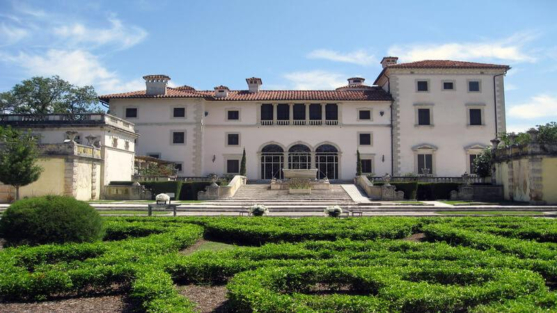 Villa Vizcaya - the best attraction for families