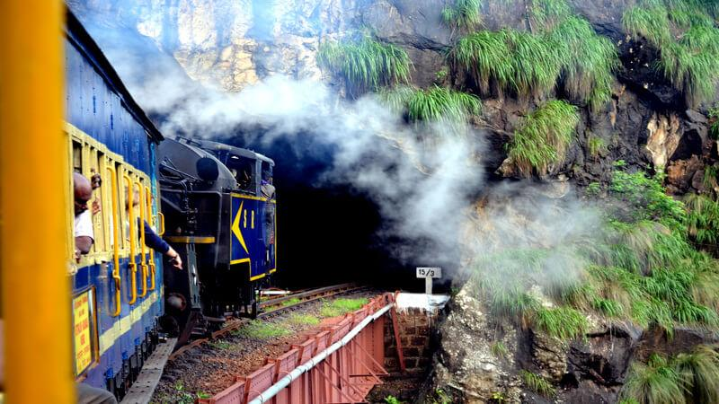 12 Breathtakingly Beautiful Train Routes In India