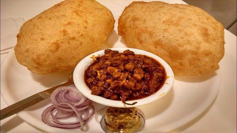 12 hot indian snacks for winter season triphobo 1 chachas chole bhature at kamla nagar new delhi forumfinder Images