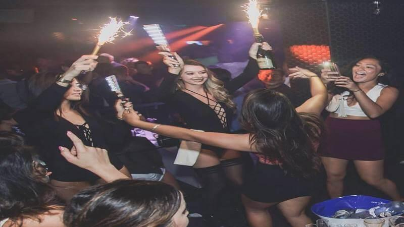 The District Nightclub - the best parties in honolulu