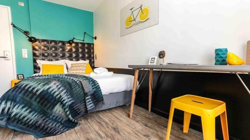 Arty Paris Hostel & Budget Hotel - for the art lovers