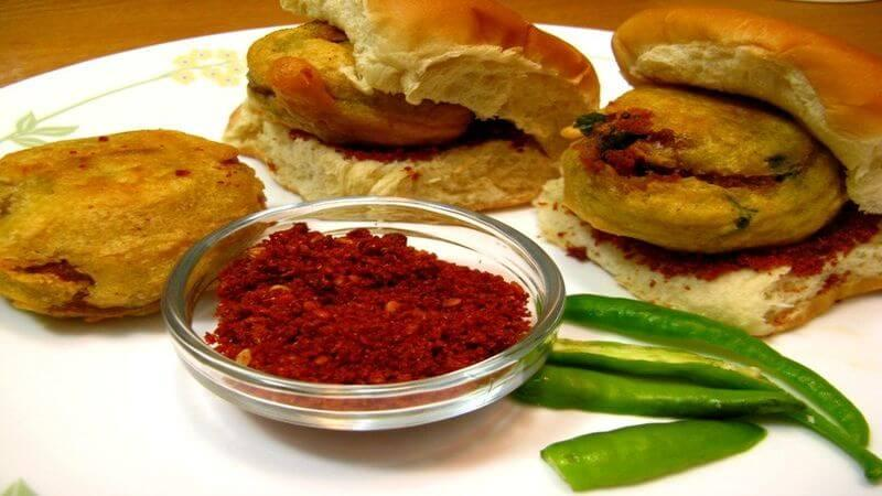 place to have mumbai's vada pav in bangalore