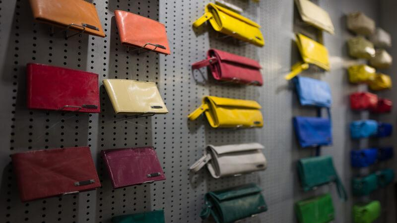 shop for some Cheap bags from Bangkok street market