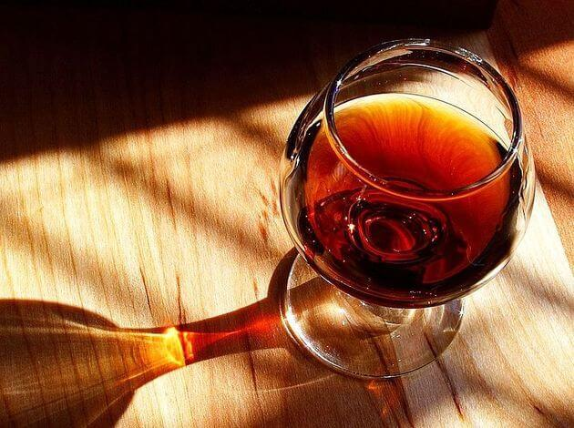 Which alcohol is sweet in taste - Port Wine