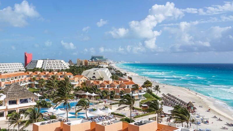 honeymoon in cancun