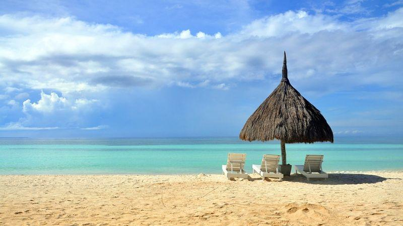Best beaches near Manila
