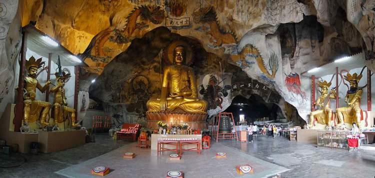 ipoh famous places - Perak Cave Temple