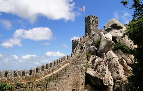 How to get in and get around Sintra