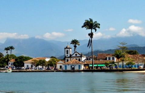 How to get in and get around Paraty