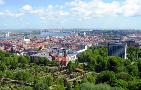 How to get in and get around Aalborg