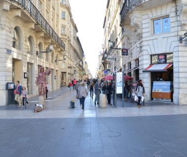 Rue Ste. Catherine Tours