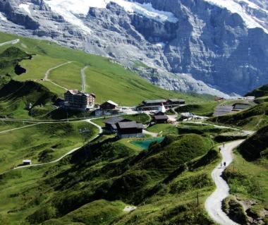 Kleine Scheidegg Tours