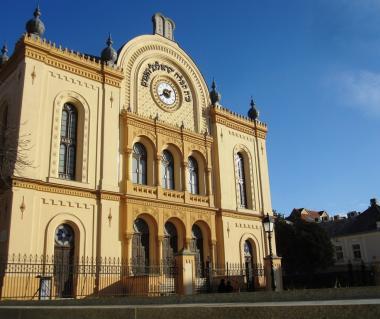 Pecs Synagogue Tours