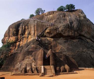 Citadel Of  Sigiriya - Lion Rock Tours
