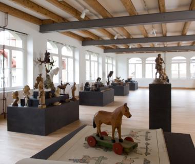 Schweizer Holzbildhauerei Museum Tours