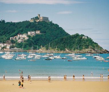 La Concha Beach Tours